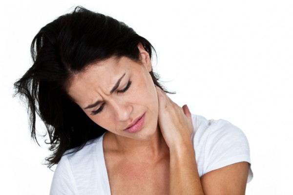 woman-hurt-neck11-e1349795784338