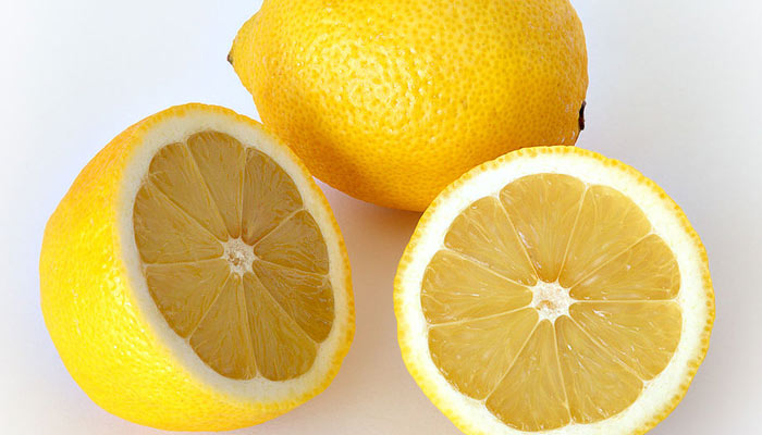 Fight Cancer With Lemons - Cancer Prevention, Treatment & Effects