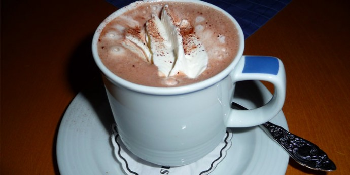 Hot Cocoa Helps Brain Function in Elderly