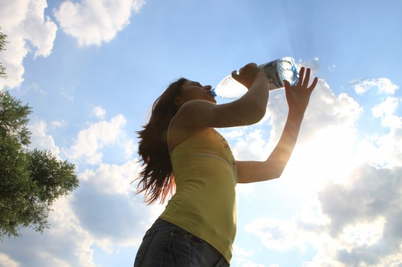 Young-Woman-Drinking-Water_Summer-Sun__IMG_9742-580x386