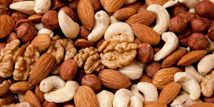 health benefits of almonds & nuts